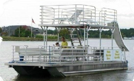 Rent 30' Party Barge Pontoon In Ridgeland