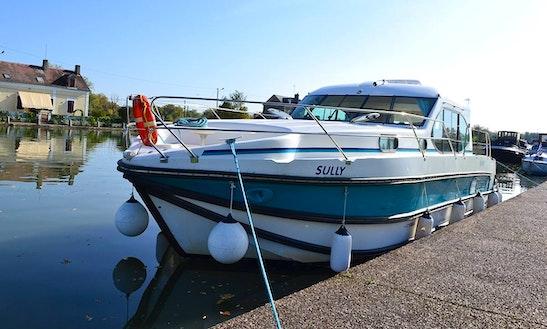 'estivale Quattro' Motor Yacht Hire In Dole