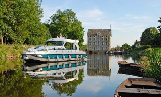 Hire 10 Person Nicols 1170 Motor Yacht 7 Days In Sermoise-sur-loire, France