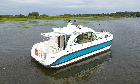 Motor Yacht 'estivale Quattro' For Hire In Grez-neuville