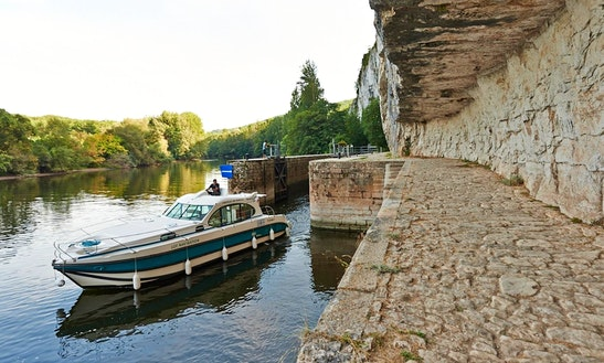 'nicols 1000' Motor Yacht Hire In Buzet-sur-baïse