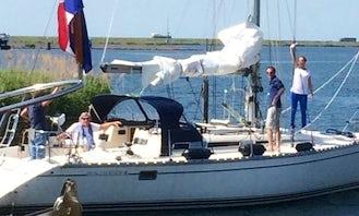 """Charter Jeanneau 41 """"Pinta"""" Sailing Yacht in Lelystad"""