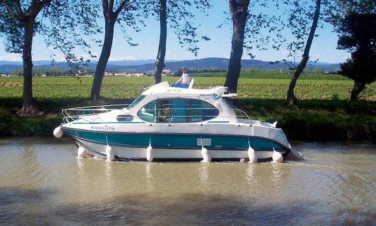'estivale Duo' Cuddy Cabin Boat Hire In Venarey-les-laumes