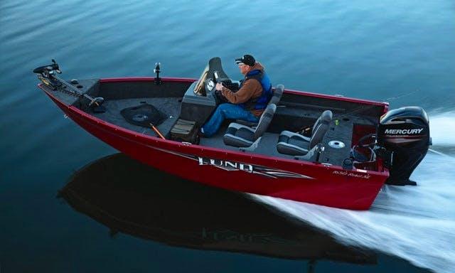 Rent Lund 16' Rebel Fishing Boat in Voyageurs National Park - Lake Kabetogama, MN