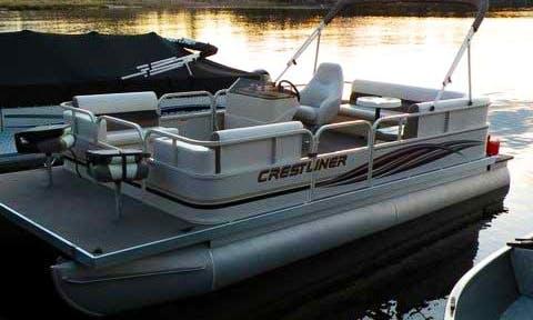 Rent the 21' Crestliner Pontoon Boat  in Voyageurs National Park - Lake Kabetogama, MN