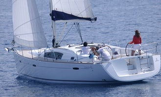 Charter Beneteau Oceanis 43 Cruising Monohull From Palamós, Catalunya