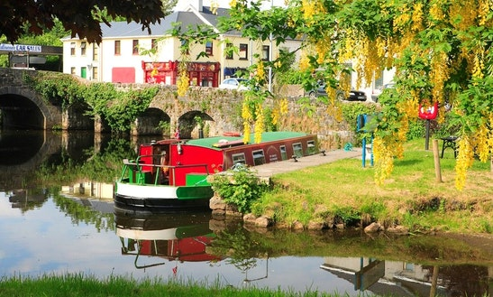 'maeve' Legend Barge Hire In Leitrim