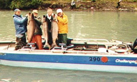 Salmon Fishing Trip for 4 Person in Soldotna, Alaska