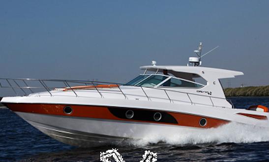 40' Motor Yacht