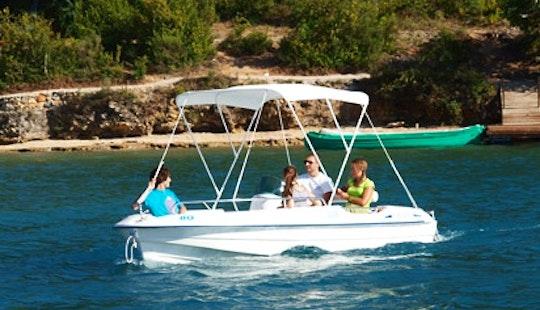 Rent The Cap 4700 Electric Boat In Esparron-de-verdon