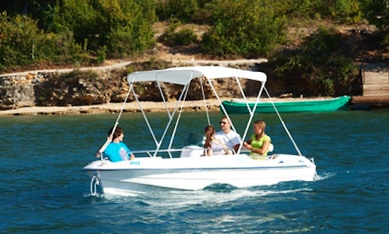Rent The Cap 4700 Electric Boat In Esparron-de-verdon