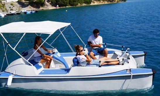 Rent The 6 Seater Electric Boat In Esparron-de-verdon