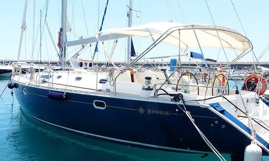 Share The Yacht - 3 Hour Sailing Tour In Spain