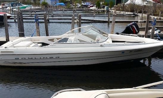 White Bayliner Bowrider Rental In Lake George