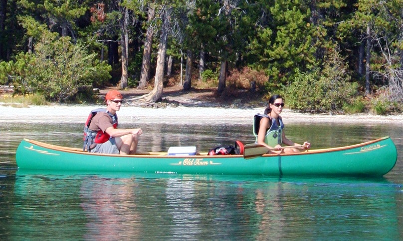 16' Old Town Canoe Rental in Scottsville