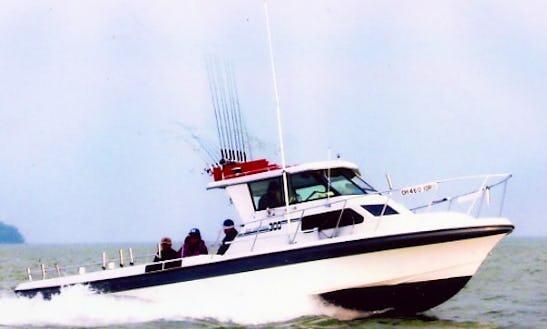 30' Head Boat Fishing Trips In Danbury Township, Ohio