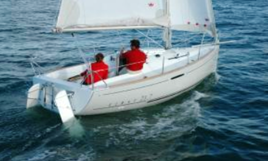 21' First 21.7 Qr Sloop Rental In La Foret-fouesnant, France