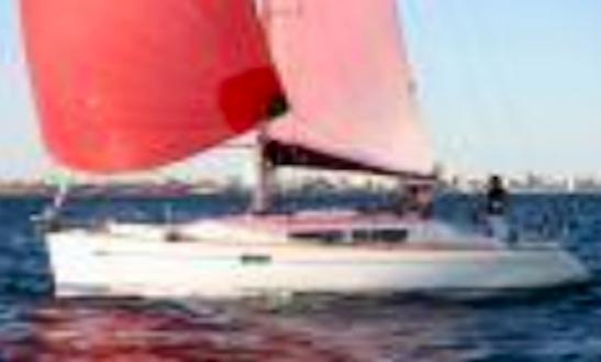 Sun Odyssey 36 I Quillard Cruising Monohull Rental In La Foret-fouesnant, France