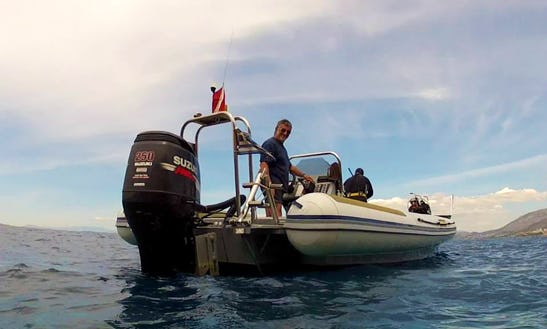 Boat Diving Trips For Certified Divers And Dive Lesson For Beginners In Greece