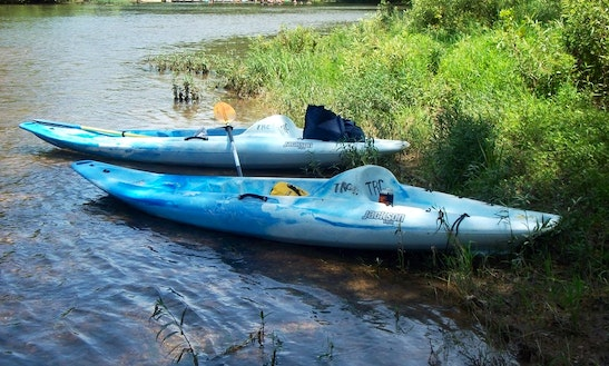 1-person Kayak Trips & Rental In Meramec Township