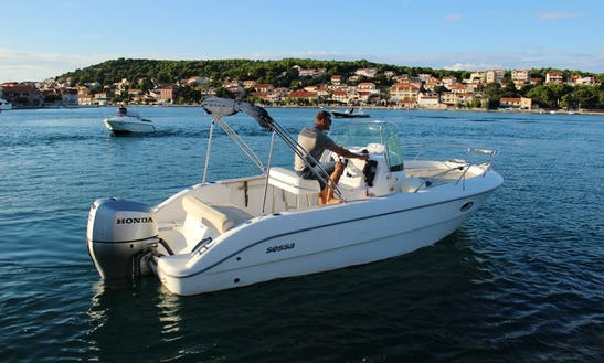 Sessa Key Largo 22 Boat Hire In Tisno
