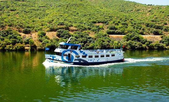 'senhora Do Douro' Boat Cruise Trips In Vila Nova De Gaia
