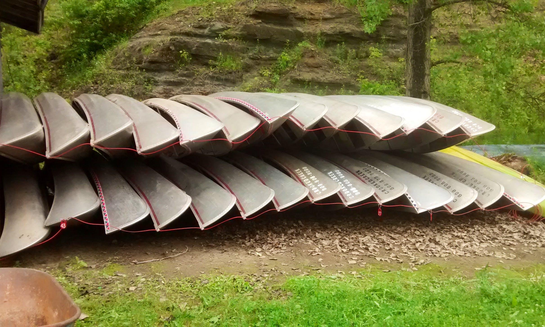 Canoe in Readstown