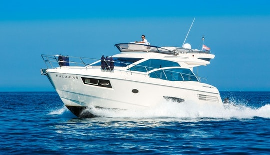 Absolute 43 Fly Motor Yacht Charter In Vrsar