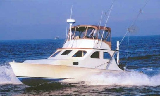 36ft Ensign Sport Fisherman Boat Charter In East Hampton, New York