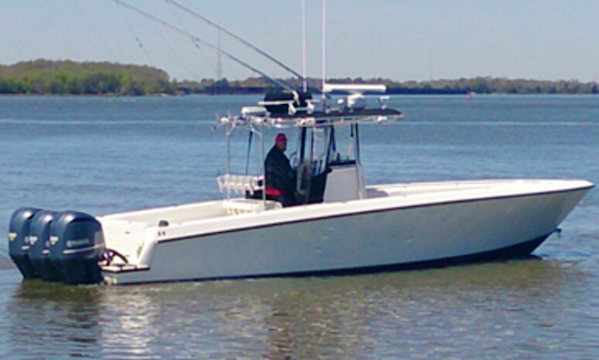 36' Center Console Fishing Boat In Venice, La
