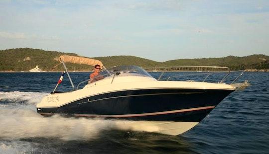Jeanneau 755 Wa Boat Hire In France