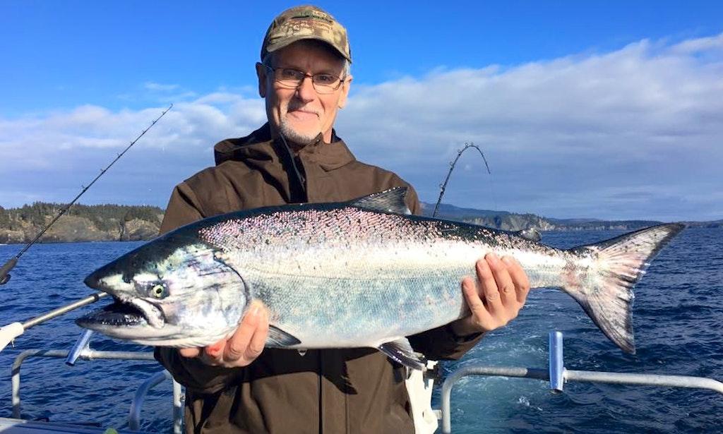 40ft fv viking trawler boat fishing charter in kodiak for Kodiak fishing charters