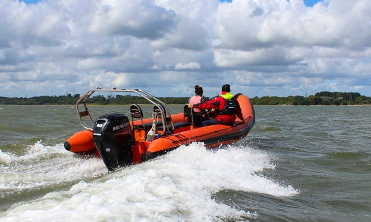 Powerboat Lessons In Poole