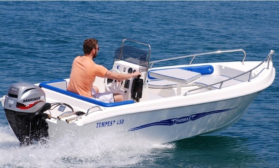 Rent Tempest 450 Powerboat In Chalkidiki