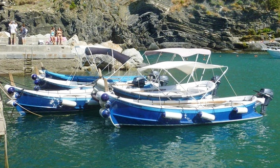 Dinghy Boat Rental In Vernazza