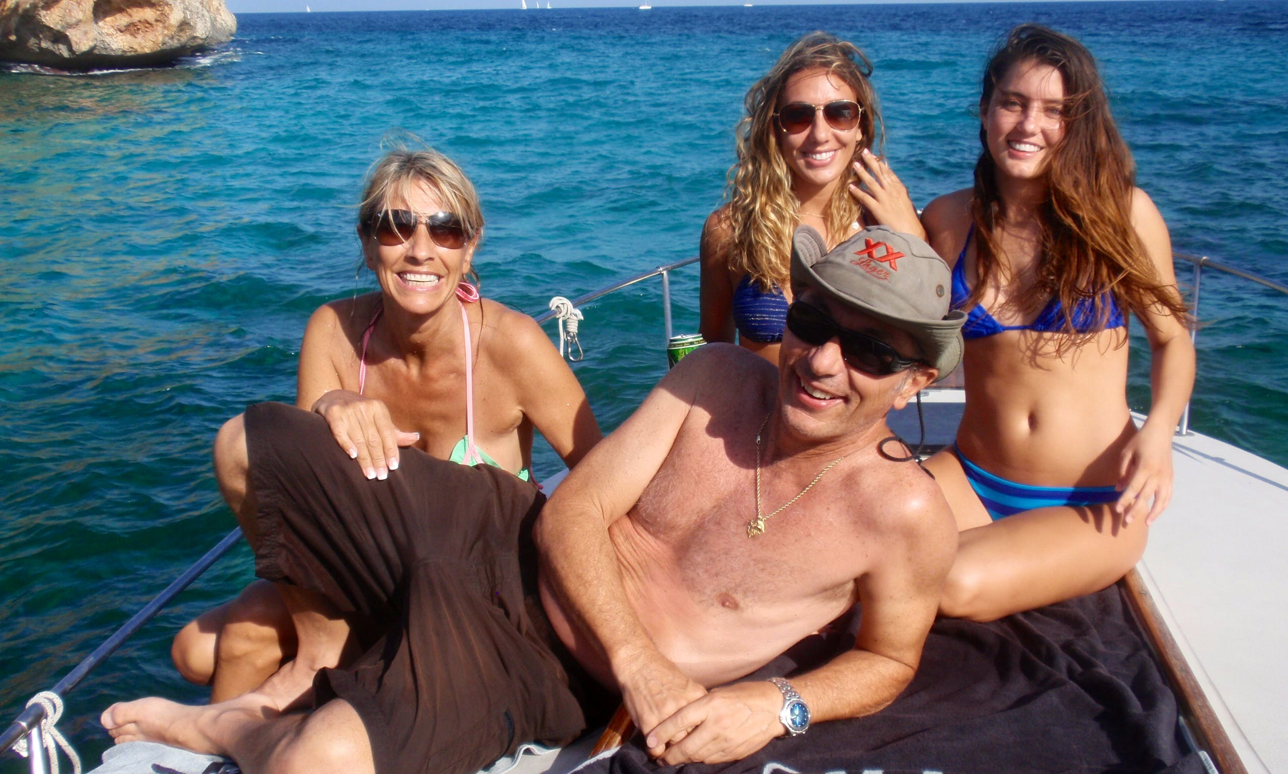 RELAX WITH FAMILY OR FRIENDS IN MAJORCA