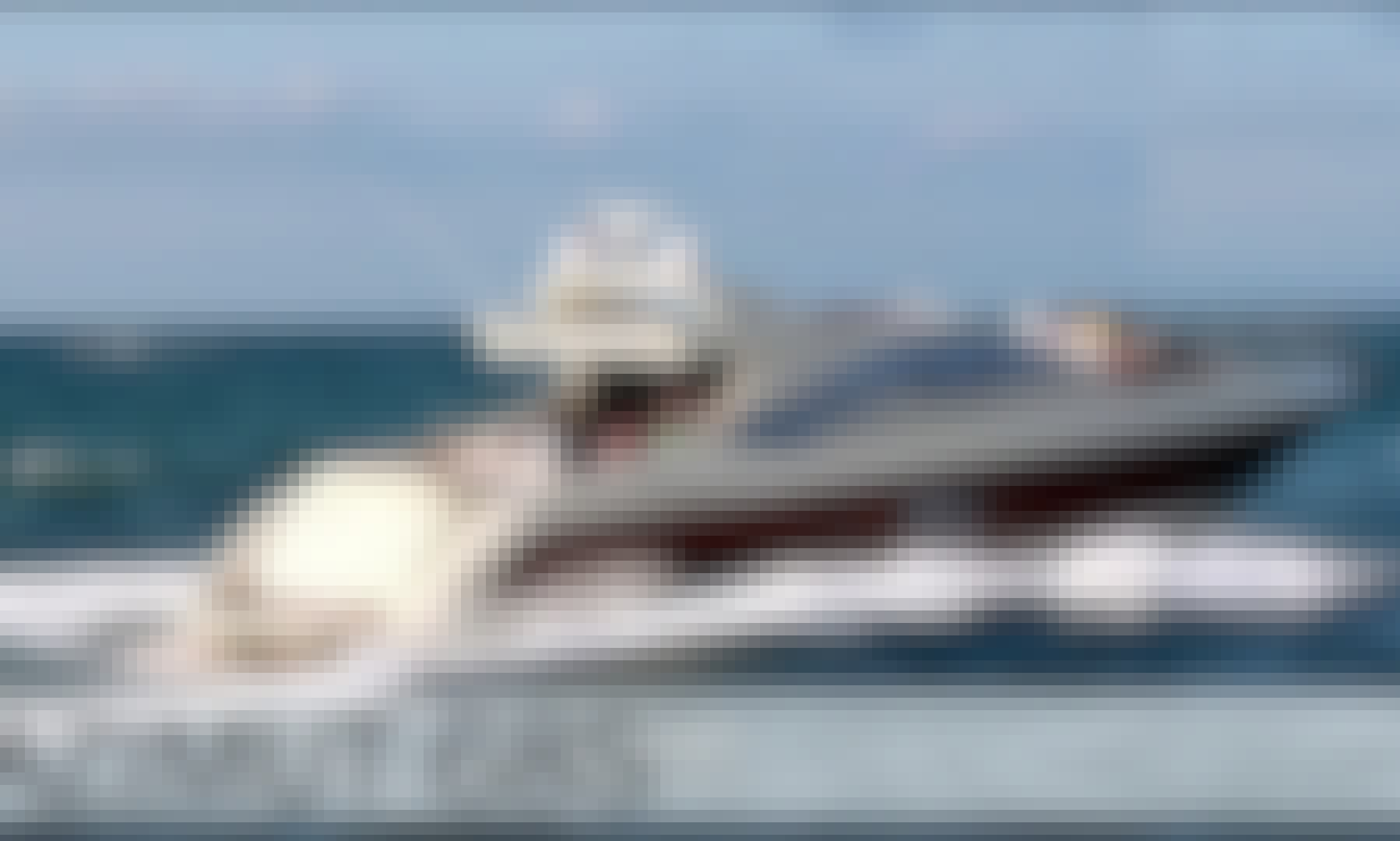 68' Azimut Luxury Yacht Charter In Cancún
