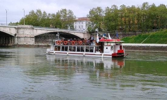 Boat Cruise Experience In Rome