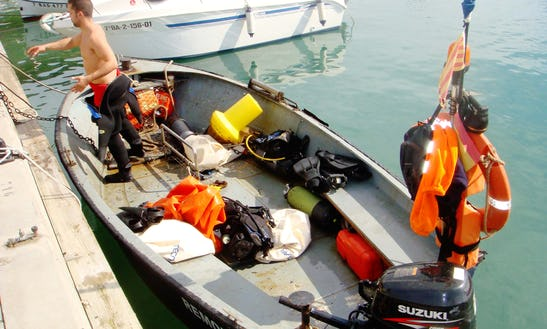 Boat Diving Trips With Experienced Padi Guides In Cadaques, Spain