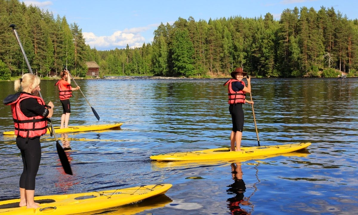 Stand Up Paddling Daily Trips in Laukaa