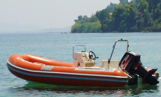 Boat Diving Trips For 10 People In Lefkada, Greece
