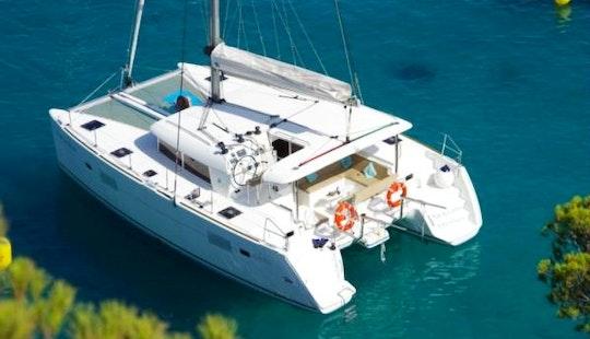 Cruising Catamaran Rental In Angra Dos Reis