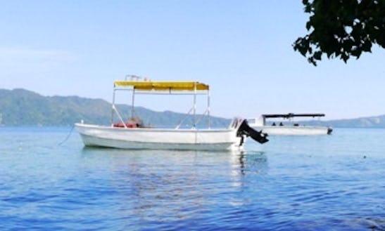 Boat Diving In Teluk Ambon