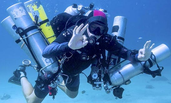 Diving Trips And Courses In San Juan