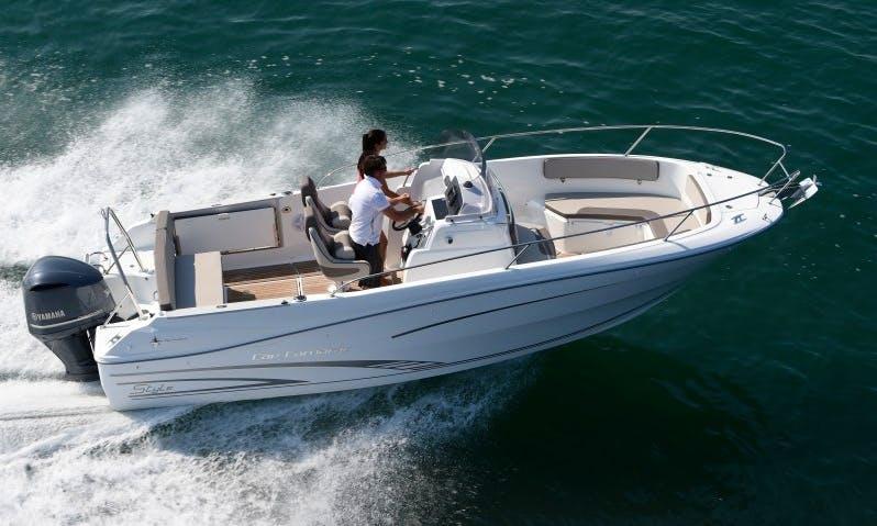 Cap Camarat 7.5 CC Boat Hire in Marseille