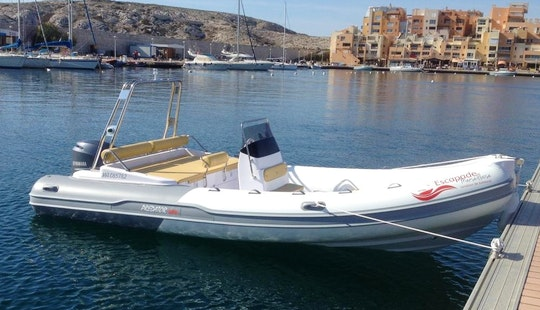 Predator 599 Ts Boat Hire In Marseille