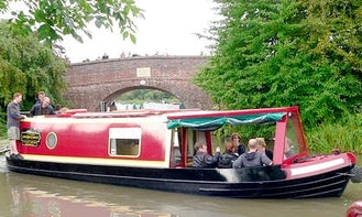 """Hire Canal Boat """"Badger and Mole"""" In Stoke Golding"""