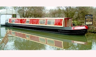 """58' Canal Boat Hire """"Measham"""" In Stoke Golding"""