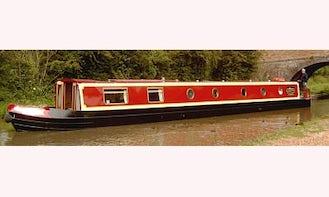 "Hire 6-10 People Berth ""Hawskesbury"" Canal Boat In Stoke Golding"