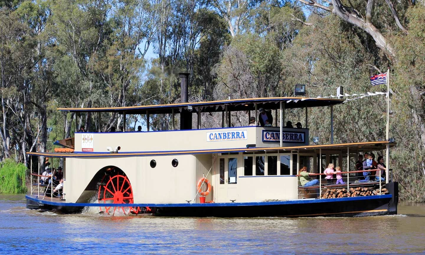 Paddle Steamer Boat Cruise on Murray River in Echuca, Australia